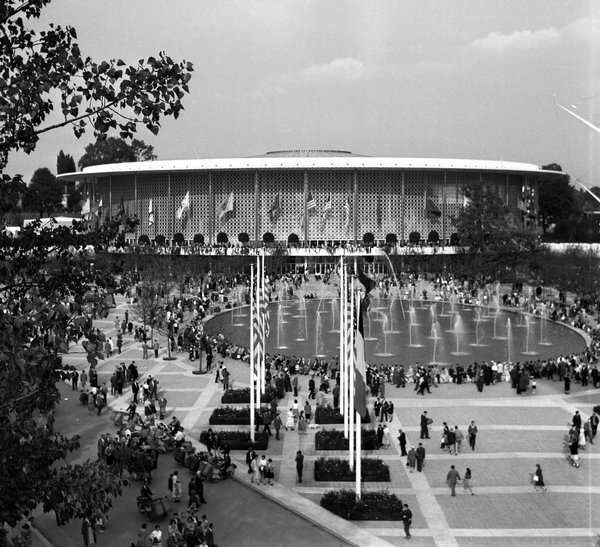 American pavilion at the 1958 Brussels World's Fair.