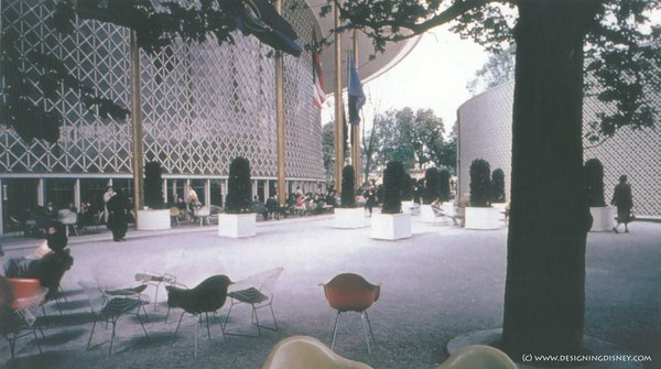 The Circarama Theater at the 1958 Brussels World's Fair.