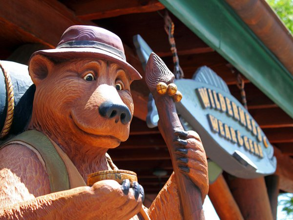Grizzly River Run mascot.
